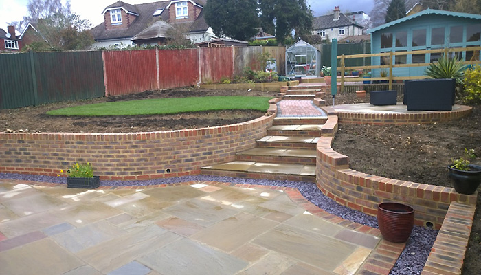 Maidstome Landscapes and Property Services Ltd based in Harrietsham,  Maidstone, Kent supplying Maidstone, Tonbridge, Tunbridge Wells, Sevenoaks, Ashford, Dartford, Gravesed, Chatham, Rochester, Gillingham Rainham & other towns in the South East of England